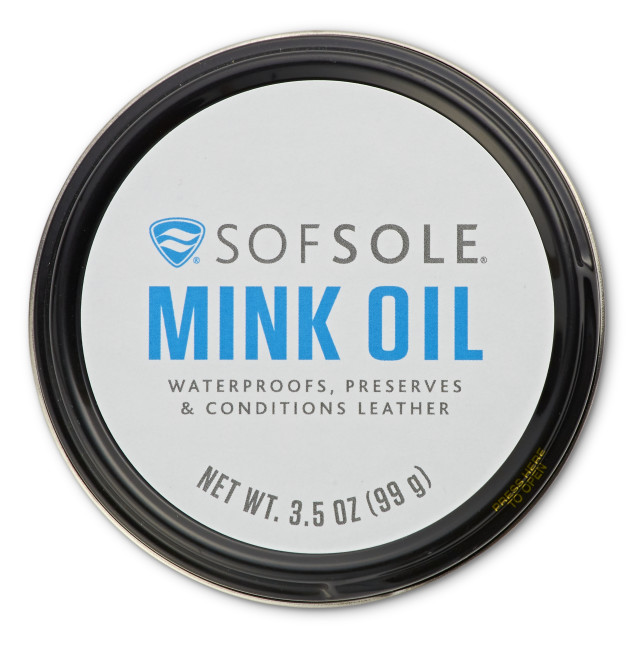 Sof Sole® Mink Oil creates a waterproof barrier to protect leather from the elements.